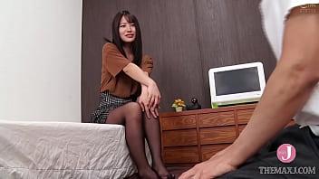 Муж пригласил своей жене юного ебыря, покуда тот отсутствует